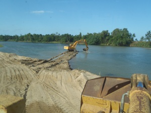 Extracting Sand from the Haughton River